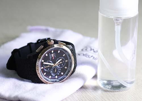 Cách vệ sinh và bảo quản đồng hồ đeo tay